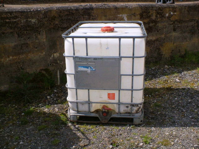 Where to find Water tank 300 gallon portable in Bensenville