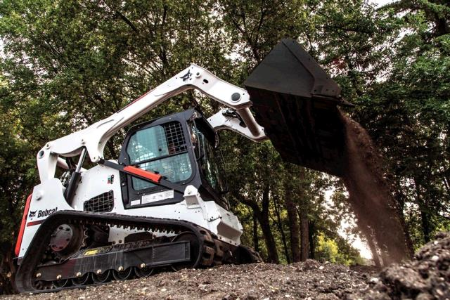 Where to find Bobcat T740 track loader 74hp in Bensenville